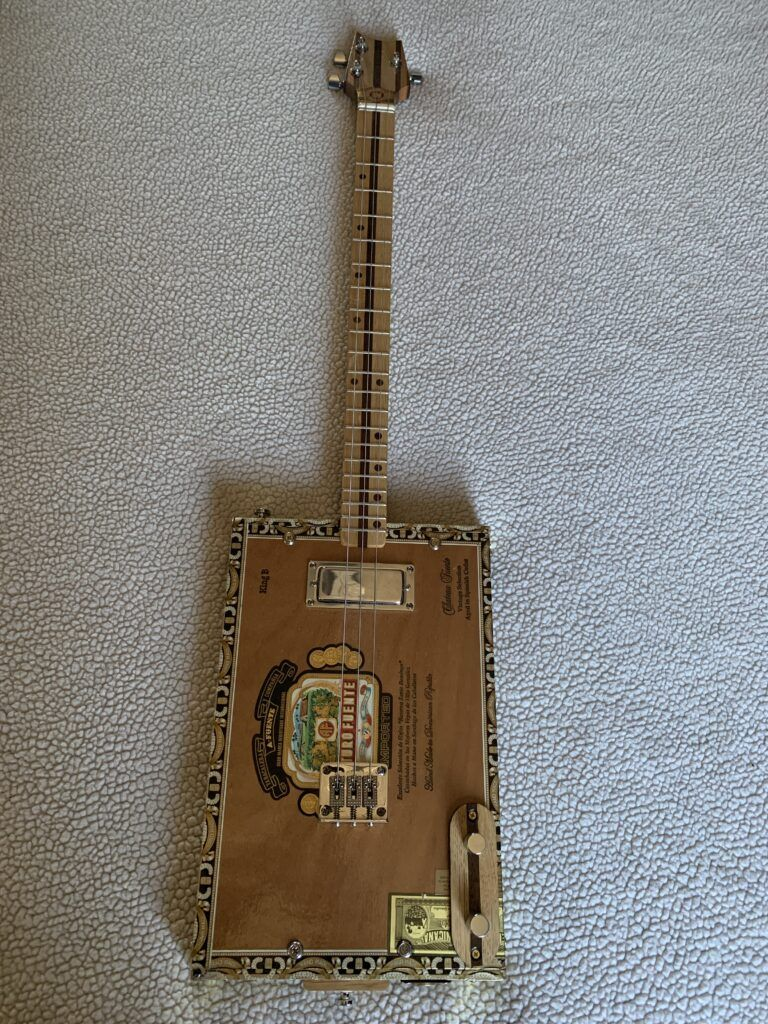 Pic of my cigar box guitar
